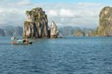 Tỉnh ra yêu cầu kiểm tra việc xây resort trái phép trên vịnh Bái Tử Long