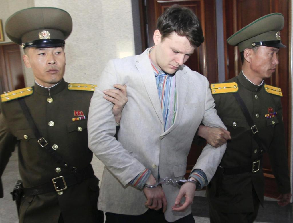 Otto Warmbier bị kết án 15 năm lao động khổ sai trong một phiên tòa tại Bắc Triều Tiên năm 2016