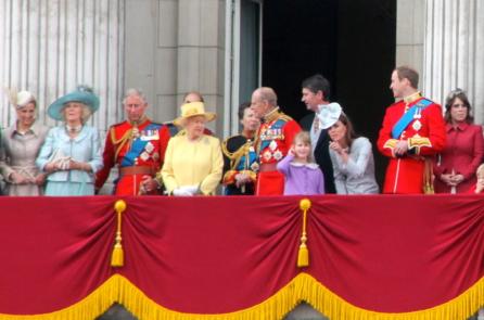 Hoàng tử Harry: Không ai trong gia đình hoàng gia muốn kế vị ngai vàng