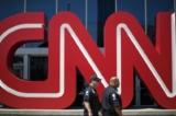Ba nhà báo CNN viết sai sự thật về cố vấn của Trump xin từ chức