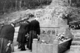 Mộ tổ của Tưởng Giới Thạch bị phá hủy trong Cách mạng Văn hóa