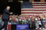 Tổng thống Trump muốn người nhập cư không được nhận trợ cấp xã hội trong 5 năm đầu tiên