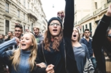 Tư duy 'tự do' cánh tả đang đầu độc thế hệ trẻ Mỹ ra sao?