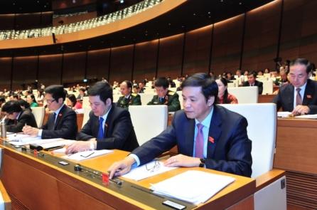Quốc hội thông qua Nghị quyết xử lý nợ xấu của ngành ngân hàng