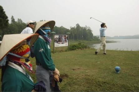 Sân golf mang lại lợi ích kinh tế gì?