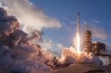 SpaceX: Lần đầu dùng lại tàu vũ trụ cũ và lần thứ 11 hạ cánh tên lửa thành công