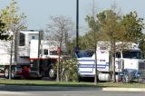 """Xe tải """"nhồi"""" hơn 30 người vượt biên vào Mỹ, 9 người chết"""