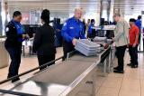 Các chuyến bay đến Mỹ bắt đầu triển khai trình tự kiểm tra an ninh mới