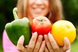 Nghiên cứu: Những lợi ích sức khỏe to lớn khi bạn 'giảm thịt tăng rau'