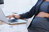 Có thể phạt tù đến 3 năm nếu sa thải nhân viên nữ mang thai
