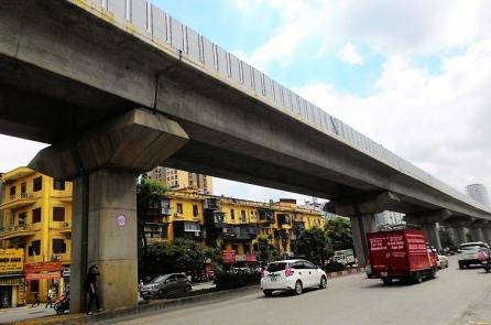 Hà Nội đề xuất vay ODA, đổi 6.000 ha đất làm đường sắt đô thị: Tính sao khi dự án đội vốn, chậm tiến độ?