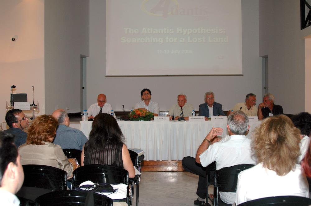 Quang cảnh hội nghị Milos 2005 (ảnh: milos.conferences.gr)