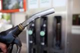 Bộ Tài chính giữ nguyên đề xuất tăng thuế môi trường xăng lên tối đa 8.000 đồng/lít