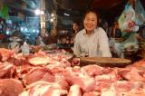 Thương lái Trung Quốc thu mua, giá lợn hơi tăng mạnh trở lại