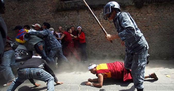 """Tờ Diplomatd đưa tin về đàn áp """"lưu manh"""" và kiểm duyệt tại Trung Quốc. Ảnh 1"""