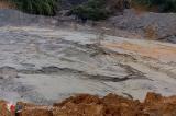 Nghệ An: Vỡ đập chứa khiến 700m3 bùn thải tràn xuống sông, xử phạt công ty 1 tỷ đồng