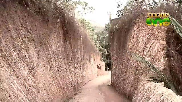 đào núi mở đường
