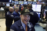 Kinh tế Mỹ tiếp tục khởi sắc, tỷ lệ thất nghiệp thấp kỷ lục