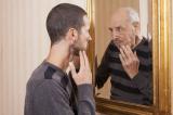 8 dấu hiệu cảnh báo cơ thể bạn đang 'về già': Làm thế nào để hãm phanh lão hóa?