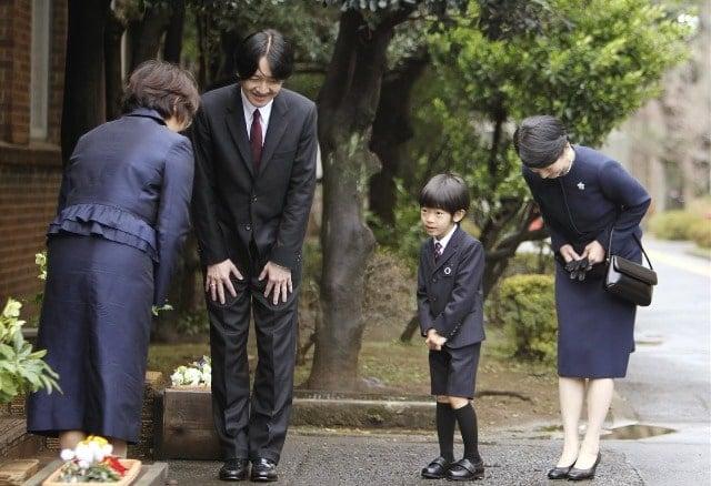 giáo viên tiểu học Nhật Bản, người nhật