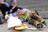 Hành động ấm lòng của nhân viên cứu hộ Canada trong vụ tai nạn nghiêm trọng