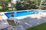Hoa Kỳ: Cụ ông 94 tuổi góa vợ xây bể bơi cho trẻ em để khỏa lấp nỗi cô đơn