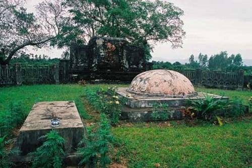Câu chuyện trung nghĩa đằng sau cuộc chiến tại thành Bình Định