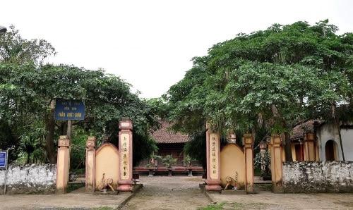 Trần Khát Chân