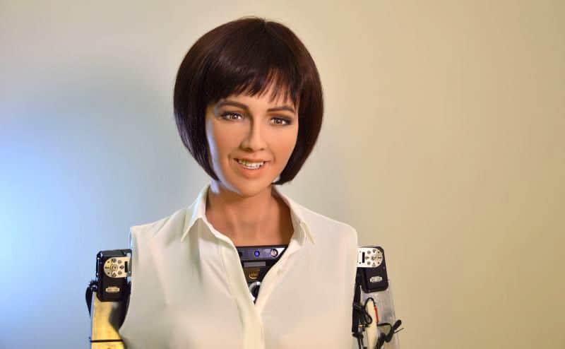 Ả Rập Saudi trao quyền công dân cho robot, nhưng vẫn giới hạn quyền của phụ nữ