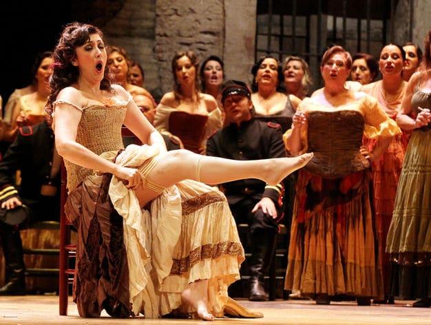 Vở opera Carmen: Là tự do hay là dục vọng?