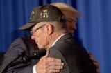 Trump va cuu chien binh