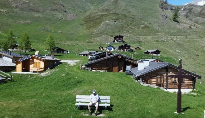 Ngôi làng đẹp như tranh ở Thụy Sĩ