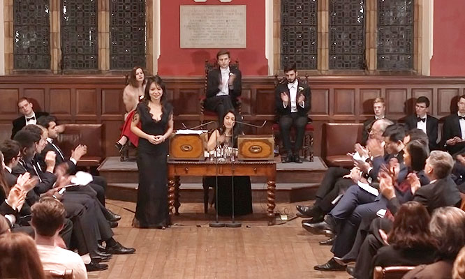 Tranh biện Oxford Union: Có nên hy sinh thương mại vì nhân quyền ? - Anastasia Lin