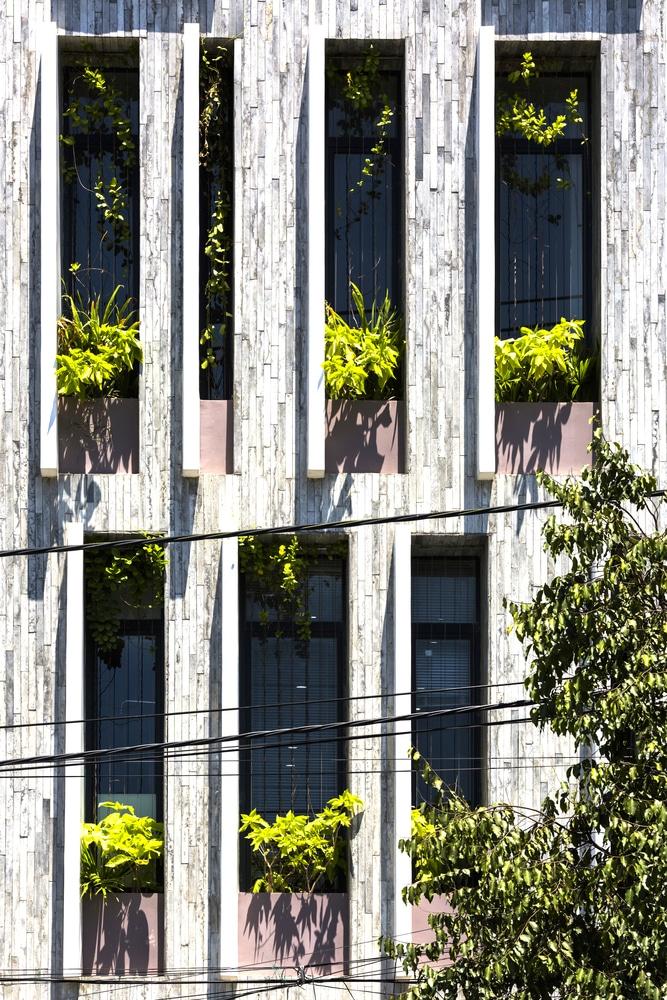 Ngôi nhà ở Đà Nẵng có cả một công viên xanh trên sân thượng