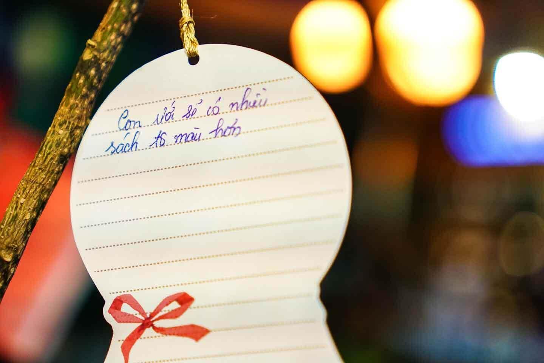 Noel ở Sài Gòn, Đường sách TpHCM