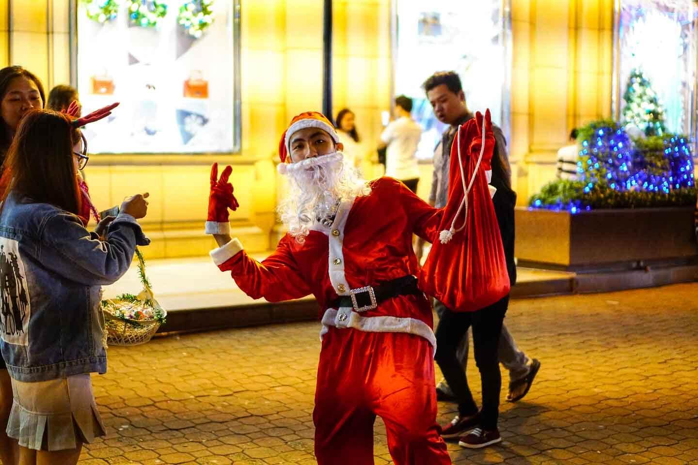 ông già Noel, Noel ở Sài Gòn
