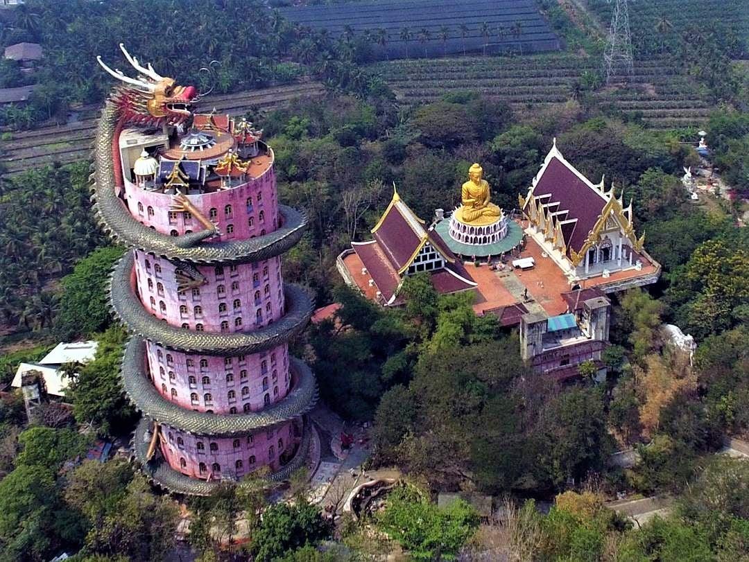 WatSamphran, Ngôi chùa màu hồng, Thái Lan, Ngôi chùa Wat Samphran