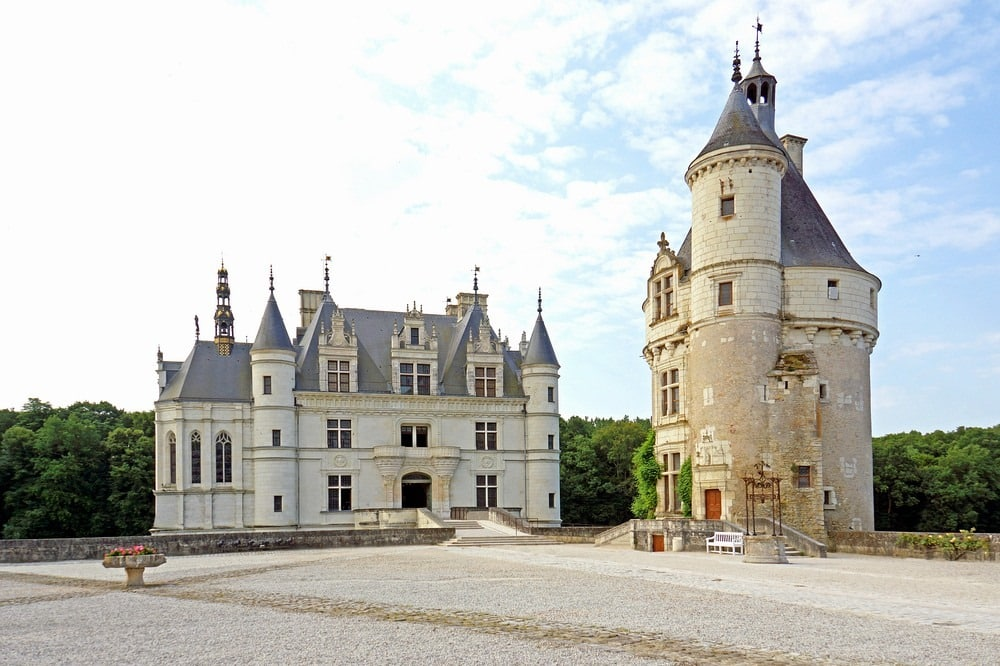 lâu đài, di tích