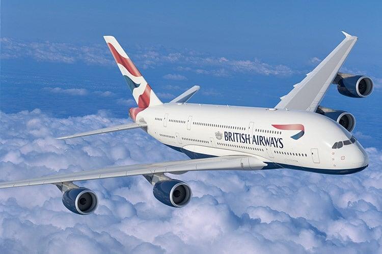 Tai nạn máy bay lịch sử: Cơ trưởng bị treo bên ngoài cửa sổ ở độ cao 5.300m, 20 hãng hàng không an toàn nhất năm 2018
