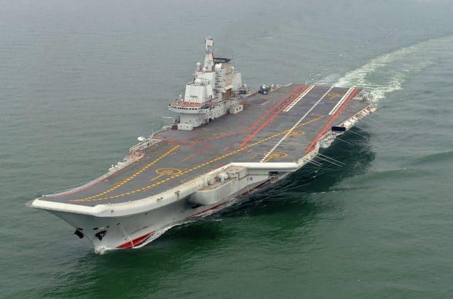 Tàu sân bay của Trung Quốc có thể bị chết máy giữa biển, chỉ vì... những con sứa