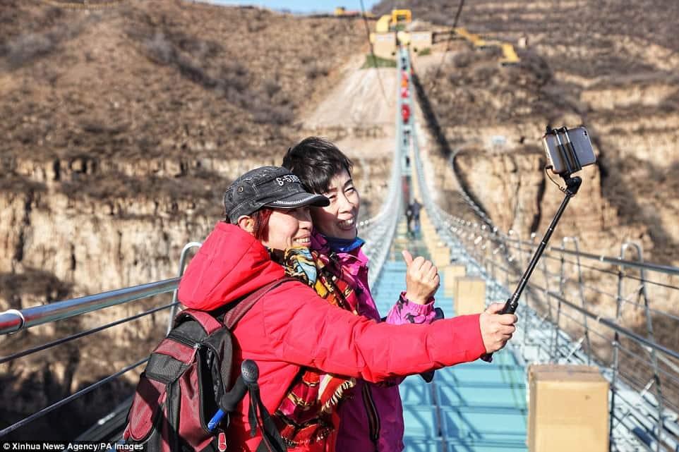 Cầu đáy kính, cầu treo, Trung Quốc