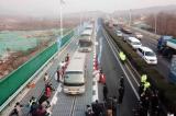 Trung Quốc khánh thành 2km đường cao tốc năng lượng mặt trời