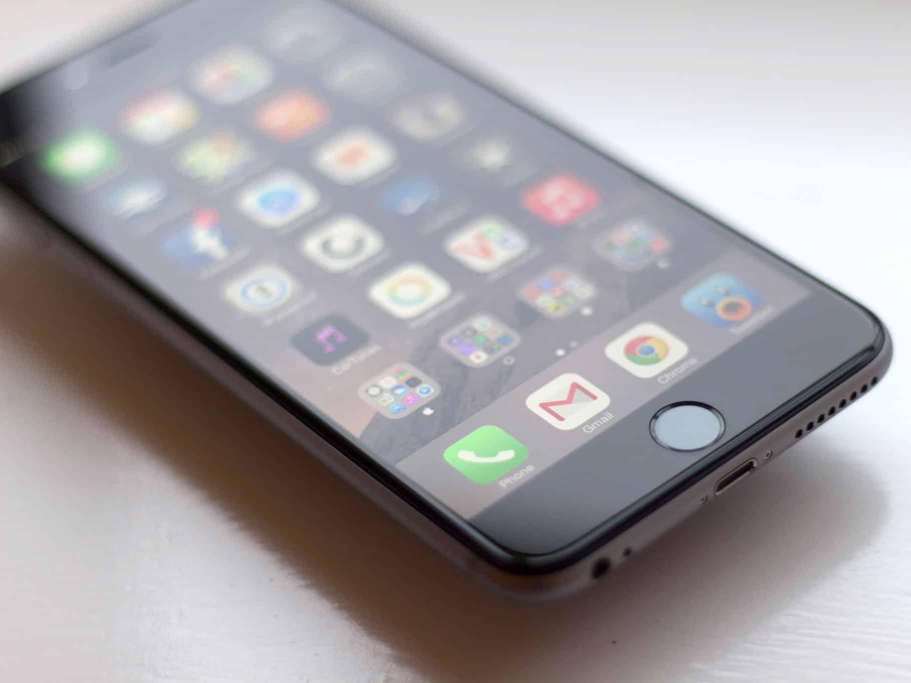 Làm sao biết iPhone của bạn có bị làm chậm hay không?