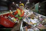 Trung Quốc dừng nhập rác thải nhựa, Anh Quốc hoang mang