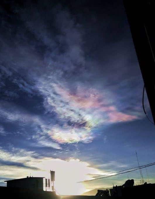 mây ngũ sắc