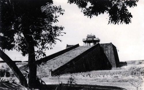 Thiên tượng cho thấy Thánh nhân phương Nam đánh bại quân Mông Cổ