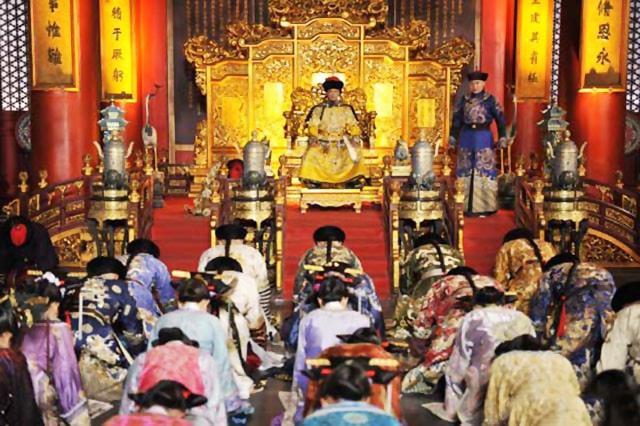 Hoàng đế Khanh Hy dạy dỗ các hoàng tử như thế nào?