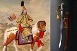 Bảo kiếm của hoàng đế Càn Long có điều gì đặc biệt?