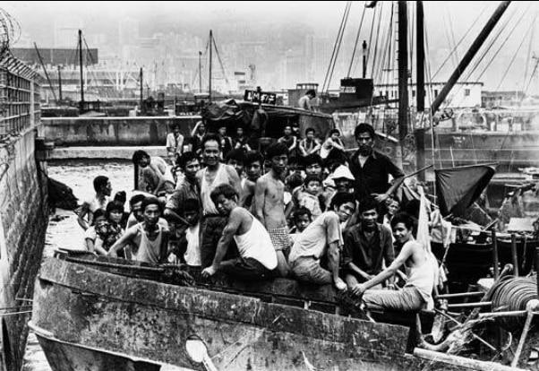 Thuyền nhân việt vượt biển sau sự cố năm 1975