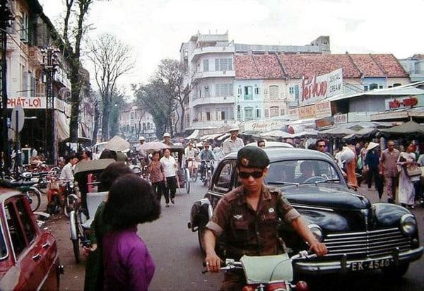 Sài Gòn xưa: Hiệp sĩ cầu Ba Cẳng